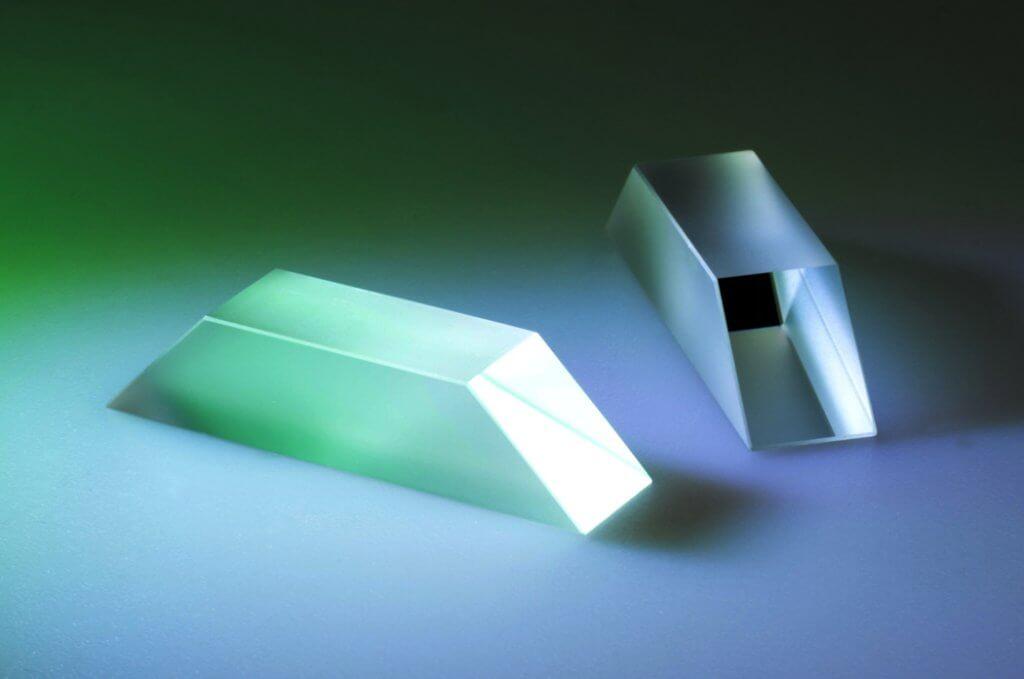 Dove Prisma Front und Seitenansicht